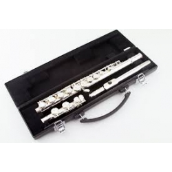 Flûte traversière Yamaha YFL221